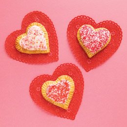 Heart-tarts-valentines-day-recipe-photo-260-FF0211VALENA02